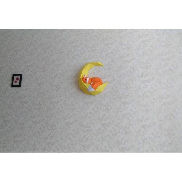 Паперкрафт-модель Лиса на луне
