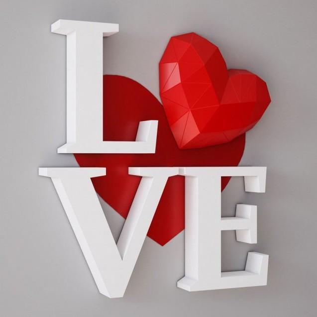 Паперкрафт-модель Love